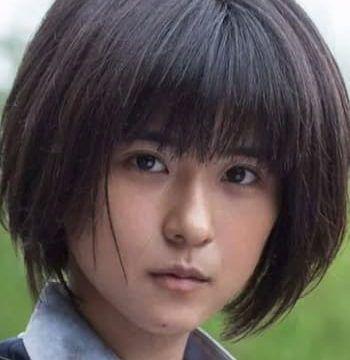 黒島結菜に似ている女優は前田愛?そっくり度を画像で比較 ...