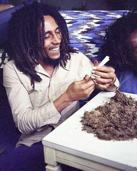 Bob Marley & The Wailers - War Dub [Rare Tuff Gong Dubplate]