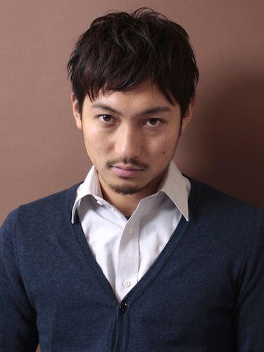 丸顔 ショートヘア メンズ特集 メンズファッションメディア Otokomae 前髪 メンズ メンズ 髪型 ビジネス メンズ ヘアスタイル
