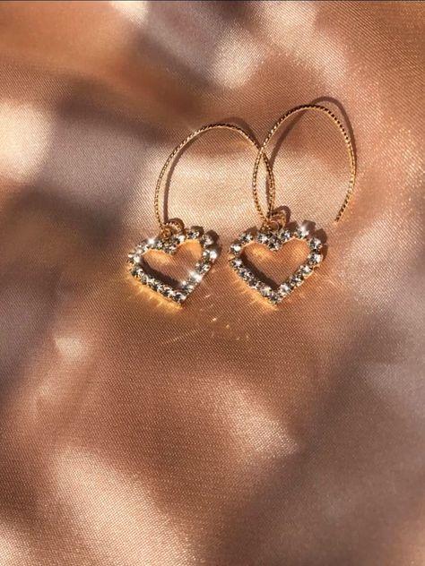 Tinker Bell Glitter Heart Earring