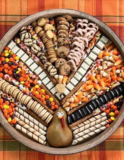 Thanksgiving Turkey Dessert Board - Cheese, Charcuterie and Dessert Boards, Thanksgiving Desserts Easy, Fall Dessert Recipes, Thanksgiving Turkey, Fall Desserts, Fall Recipes, Holiday Recipes, Dessert Ideas, Thanksgiving Baking, Dessert Bars