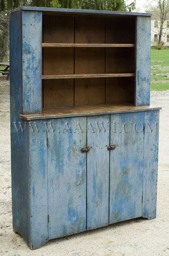 Cupboard dry blue paint