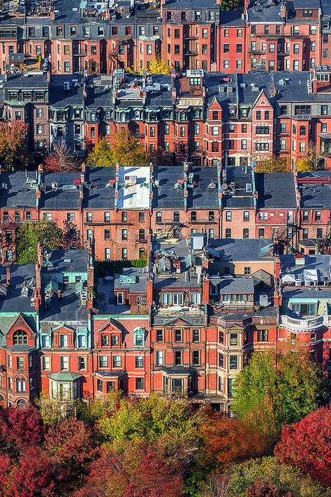 ᴬ ᴹ ᴱ ᴿ ᴵ ƈ ᴬ ᴺ cities . Back Bay rowhouses, Boston, shot from the Prudential Tower. Boston Massachusetts, Boston Strong, In Boston, Boston Town, Oh The Places You'll Go, Places To Visit, Cities, Photos Voyages, Belle Photo