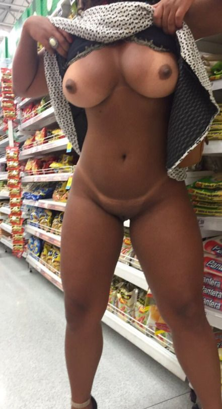black babes nude in public - Black Porn Daily