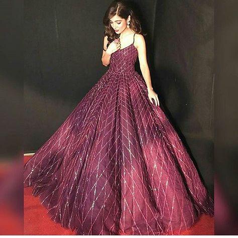 fashionista Dress goals? @ayesha.m.omar...