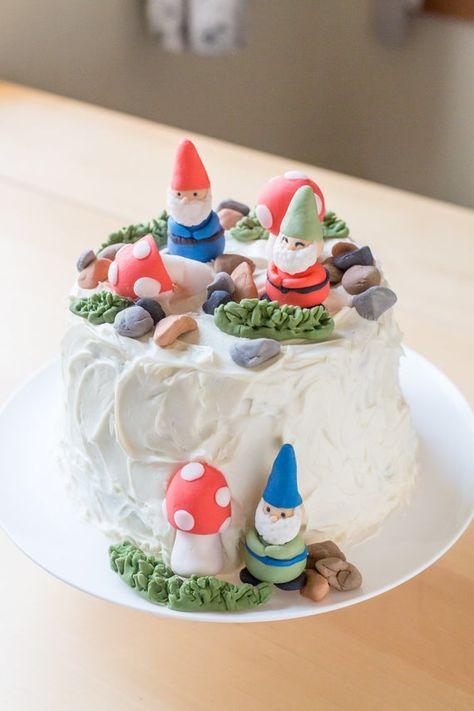 Pretty Birthday Cakes, My Birthday Cake, Birthday Cake Decorating, Pretty Cakes, Beautiful Cakes, Fondant Cake Toppers, Mini Cakes, Cupcake Cakes, Cute Baking
