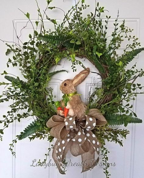 24 Adorable Easter Front Door Wreaths Looking for Easter decorating inspirations for your front door. Try one of these 24 Adorable Easter front door wreaths and door hanger ideas! They will put a smile on your face and warm your heart. Diy Spring Wreath, Spring Crafts, Diy Wreath, Wreath Ideas, Wreath Making, Wreath Crafts, Spring Wreaths For Front Door Diy, Grapevine Wreath, Wreath Burlap