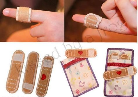 Toy Felt Band Aid Kit with Hearts and Bag - Play Doctor Set