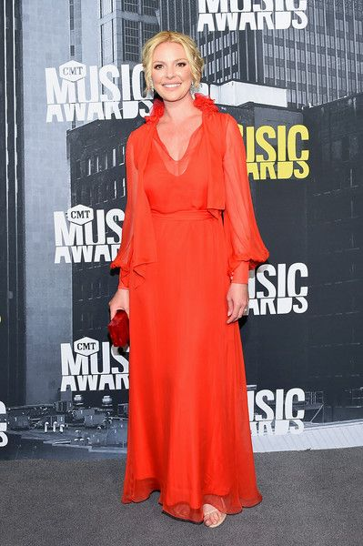 Katherine Heigl - Every Look on the CMT Music Awards Red Carpet - Photos