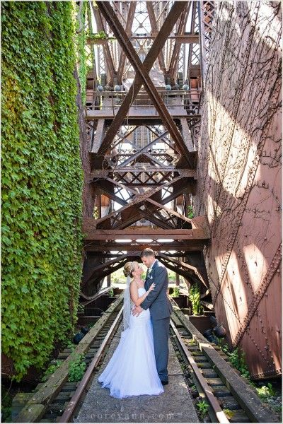 Bride And Groom Wedding Portrait At Jackknife Bridge In Cleveland Ohio I Need To Try This Location