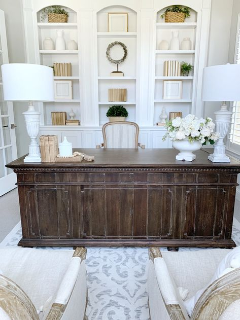 French Country Style Office Makeover - Mein Haus in Texas - French Country Style Office Makeover – Mein Haus in Texas - Home Office Furniture, Traditional Home Office Furniture, French Country House, Home Office Decor, Country Office, Country Decor, Traditional House, Country Home Exteriors, Home Decor