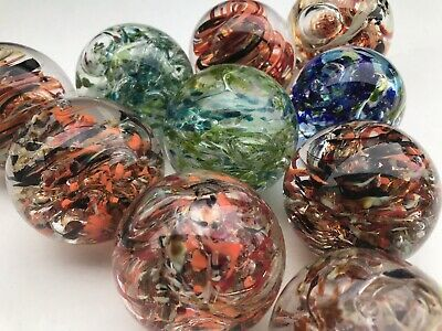 Ad Lot Of 10 Hand Blown Glass Marbles Artist Signed About 2 1 2 3 Inches In 2020 Hand Blown Hand Blown Glass Glass Blowing