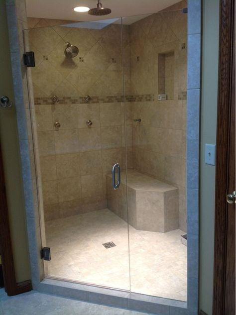 This Shower Benefits From Body Sprays And Spacious Design Alluring Glass Provides Top Of The Line Shower Enclosures In Northern Kentuc Shower Enclosure Panel Doors Dayton Ohio