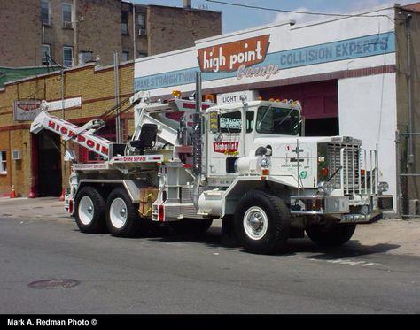 Highpoint Garage Union City Nj Oshkosh Awd W Silent Hoist Crane Trucks Kenworth Trucks Oshkosh Truck