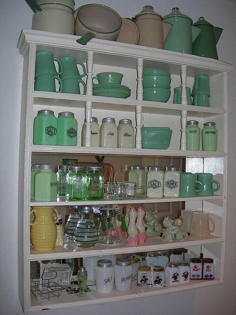jadite salt peper Pinterest Idee deco, Ambiance et Vert - Idee Deco Cuisine Vintage