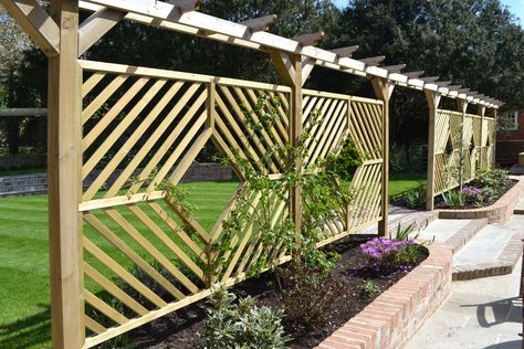 Jacksons single pergola arch custom diamond panels #screens - outdoor küche mauern