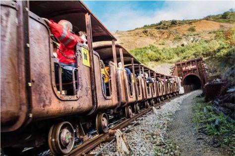 La Maravillosa Cueva El Soplao En Las Entrañas De Cantabria Cuevas Picos De Europa Maravillas Naturales