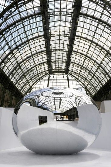 2013 Silence is Sexy by Bruno Peinado At La force de l'art 02 Grand Palais Collection ©Didier Plowy www.bullesconcept.com