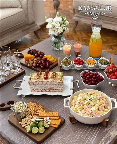 تزیین و چیدمان میز غذا و پذیرایی برای دیدن عکس های بیشتر به سایت رنگل سر بزنید Food Snapchat Food Decoration Food Presentation
