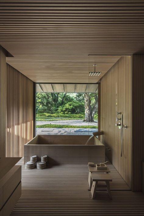 Modern Japanese Interior, Japanese Style House, Japanese Interior Design, Japan Interior, House Interior Design, Japanese Bath House, Modern Japanese Architecture, Japanese Home Decor, Japanese Design