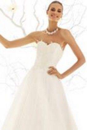 e0e9a54ffa0d Abito da sposa corpetto luminiso Dalin 2016 per Bride Project Buttrio  www.brideproject.it