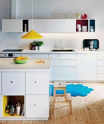 Cuisines Le Blanc Prend Des Couleurs Leroy Merlin Ikea Mobalpa Placard Cuisine Cuisine Ikea Cuisine Moderne