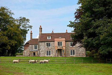 Charming English Farmhouse