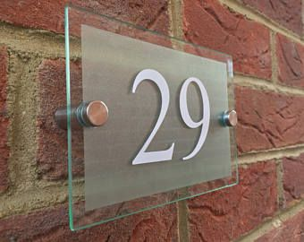 MODERN DOOR NUMBER ADDRESS PLAQUE GLASS ACRYLIC OUTDOOR HOUSE SIGN
