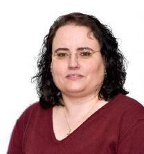 """""""Der größte Zauber steckt in den kleinen Dingen""""  Susanne Danzer ist examinierte Krankenschwester, Pflegetherapeutin Wunde ICW und Pain Nurse. Im Kohlhammer Verlag sind hat sie bereits mehrere Bücher und Fachbeiträge veröffentlicht. Demnächst erscheint ihr neuestes Buch """"Palliative Wundversorgung"""". In unserem Fragebogen verrät sie uns, was sie an ihrem Beruf ändern würde."""