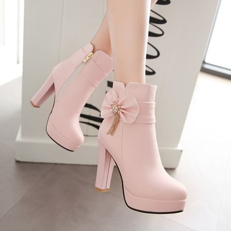 Cute Womens Clothing High Heels on Girly Girl の To Alice