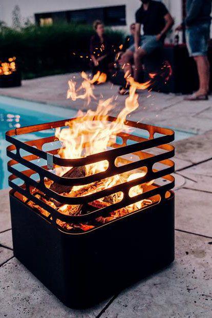 Aus Edelstahl Feuerkorb Cube Bild 4 In 2020 Mit Bildern Feuerkorb Gartenparty Garten Grillen