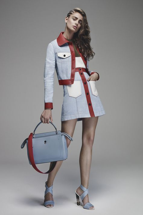 The Luxury Italian label Fendi presents his newest must-have bag with an extraordinary design: The Dotcom Bag. Once more Fendi combined fashion and functionality in a remarkable way. With its iconic touch of lightness and fun, the fashion house Fendi .