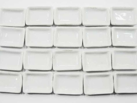Dollhouse Miniature 20 Rectangle Ceramic White Plates Dish 2cm Kitchenware 3387