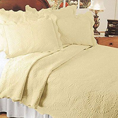 Amazon Com Europa Fine Linens English Rose Matelasse Bedding