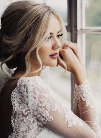 Simple And Charming Bridal Hairstyles 2019 2020 Best Braided Hairstyles Wedding Hairstyles Bride Unique Wedding Hairstyles Wedding Makeup Vintage