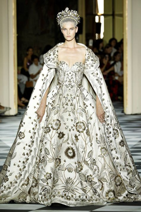 Zuhair Murad Paris Haute Couture 2018...Twice a year, Paris couture maisons present their latest collections of haute couture artistry. This week of fashion showcases the best and most elaborate designs of the world's leading fashion houses. After taking in all the beauty of the collections, we chose these as our favorite highlights from Paris Haute Couture Fashion Week 2018. #hautecouture #fashiondotluxury #dotluxury #luxuryfashion #Zuharimurad