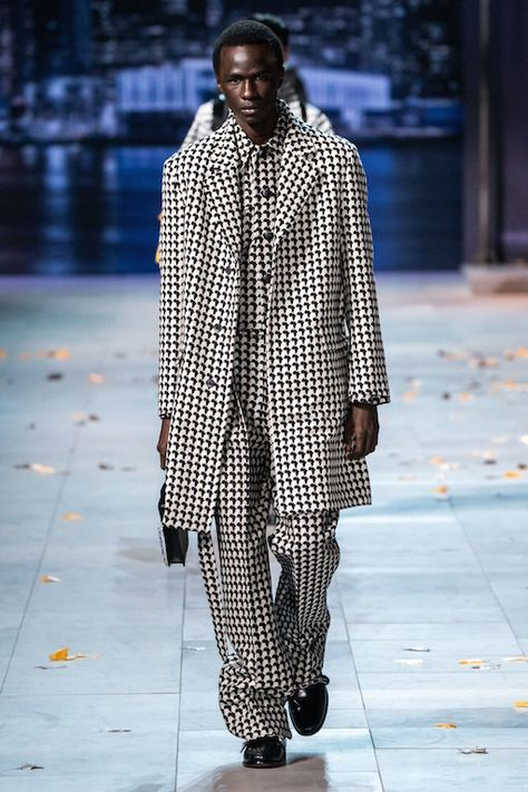Louis Vuitton Fall 2019 Menswear Collection Review #louisvuitton #fall2019 #menswear #paris #pfw