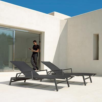 Gloster Azore Lounger Poolside just got more comfortable | Gloster Outdoor Furniture | Pinterest : gloster chaise lounge - Sectionals, Sofas & Couches
