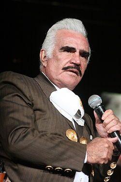 Vicente Fernández Gómez, (Huentitán el Alto, Guadalajara, Jalisco, 17 de febrero de 1940), también conocido como Chente, es un cantante retirado de música ranchera, empresario, productor discográfico y actor mexicano. Padre del también cantante mexicano Alejandro Fernández, fue considerado como un símbolo bien establecido de la cultura hispanoamericana.