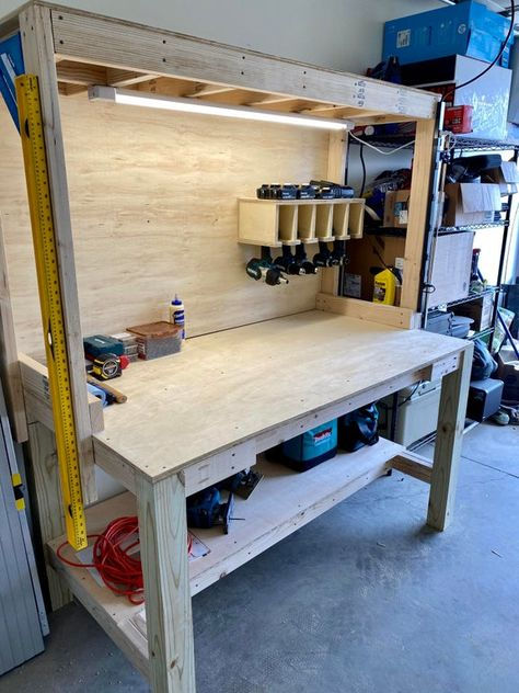 First woodworking project figured Id start with a good workbench Workbench With Storage, Garage Workbench Plans, Building A Workbench, Workbench Designs, Diy Garage Storage, Diy Workbench, Woodworking Bench Plans, Garage Tools, Woodworking Projects Diy