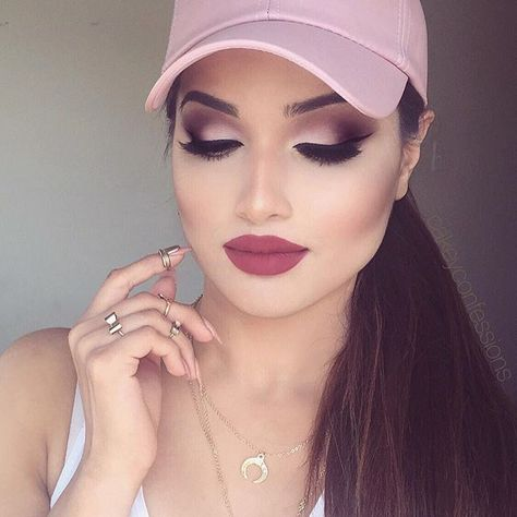 Today's face beat🌸 Deets: @anastasiabeverlyhills Modern Renaissance palette @hudabeauty @shophudabeauty liquid lipstick in Trophy Wife #notjustanotherliquidlipstick @sigmabeauty Wicked gel eyeliner