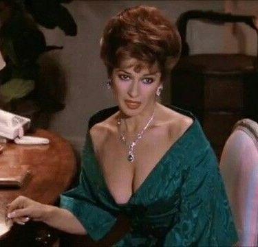 Stephanie Beacham With Images Joan Collins Sophia Loren