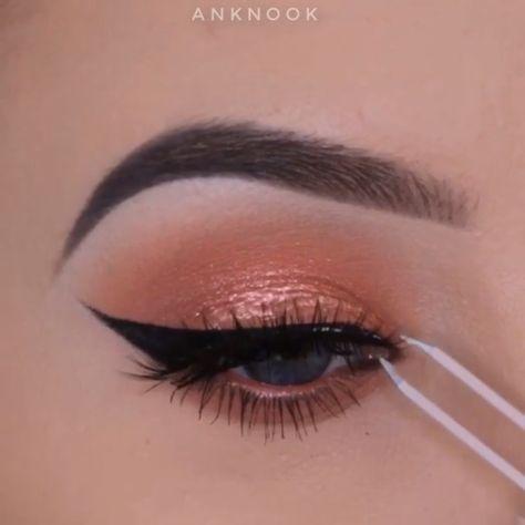 Fab Eye Makeup Tutorials!