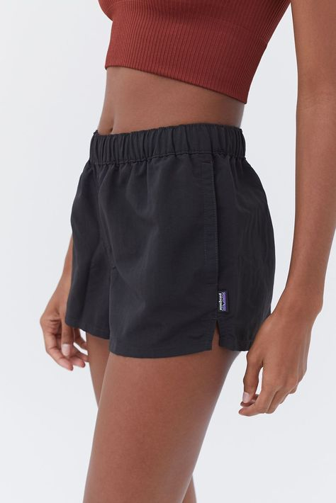 Patagonia Barely Baggies Short - Women's Shorts: High Waisted + Jean Short Outfits, Summer Outfits, Casual Outfits, Fashion Outfits, Womens Fashion, Cute Outfits With Shorts, Shorts Outfits Women, Fashion Goth, Grunge Outfits