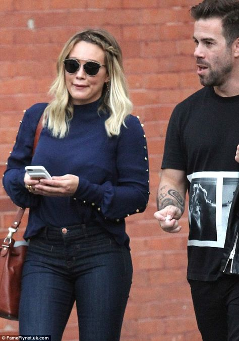 A new guy? Hilary Duff was spotted with a handsome man while out shopping in NYC…