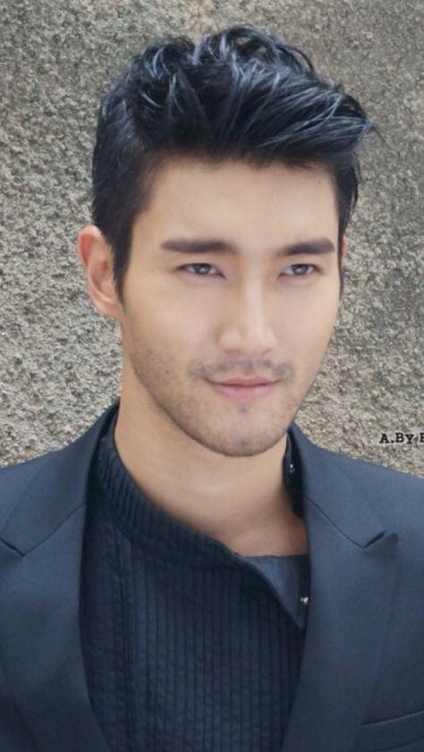 Pin di Barbara Cilloni su Mr Choi Siwon  03dd2aa9713