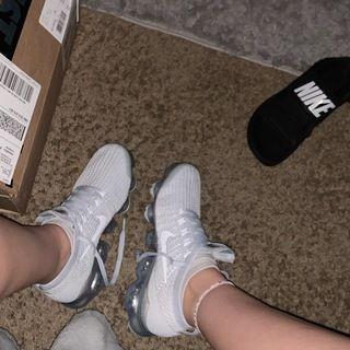 Nike Air VaporMax Flyknit 3 Women's Shoes. Nike.com   Nike air ...