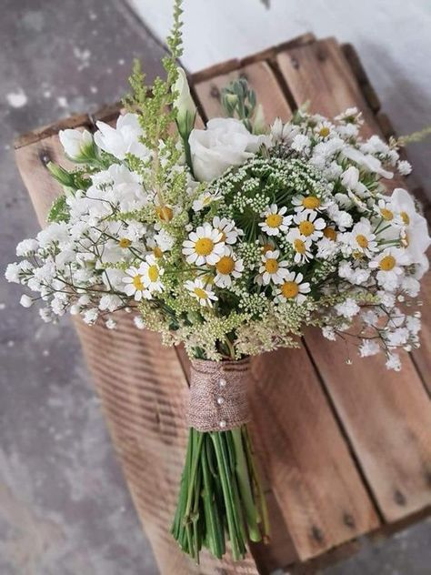 Hottest 7 Spring Wedding Flowers to Rock Your Big Day—daisies and baby breath bridal bouquet with twine, bridesmiad bouquet, perfect for rustic weddings The post Hottest 7 Spring Wedding Flowers to Rock Your Big … appeared first on Woman Casual - Wedding Gown #weddings The #and #WeddingGown