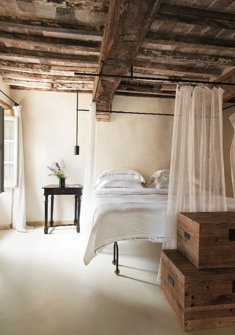 Beamed Bedroom, Celebrated Roman interior designer Ilaria Miani brought her rustic-meets-modern aesthetic to Hotel Monteverdi in #Tuscany.