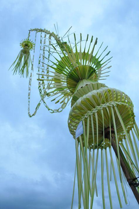 70 Janur Ideas Coconut Leaves Leaf Crafts Leaf Art